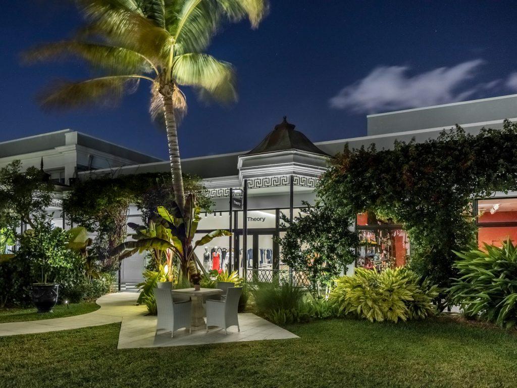 Theory, Palm Beach Gardens